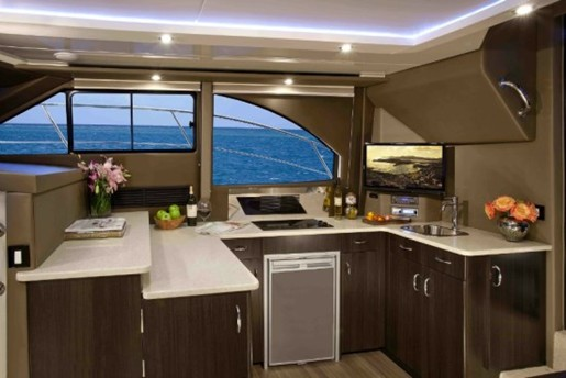 carver yacht c34 kitchen