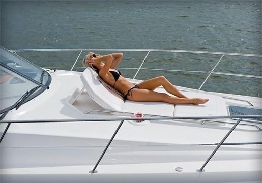 2012 Chaparral 420 Premiere Sport Yacht DeckSunPad 02 09