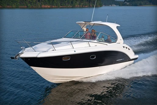 Chaparral 330 Signature Running