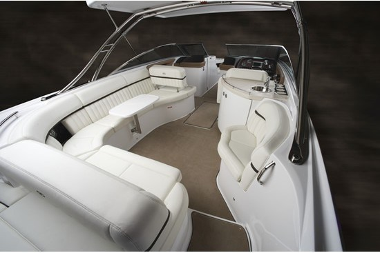 cobalt 336 bowrider overview seating