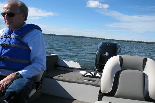 Crestliner 1650 Fish Seats
