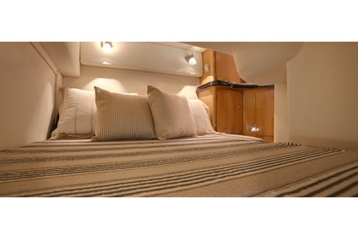 glastron gs 289 bed