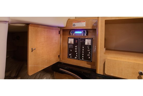 glastron gs 289 radio switches