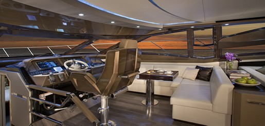 Marquis 630 Sport Yacht 4