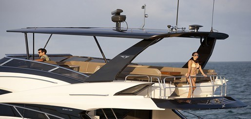 Marquis 630 Sport Yacht 630 Gallery Miami6