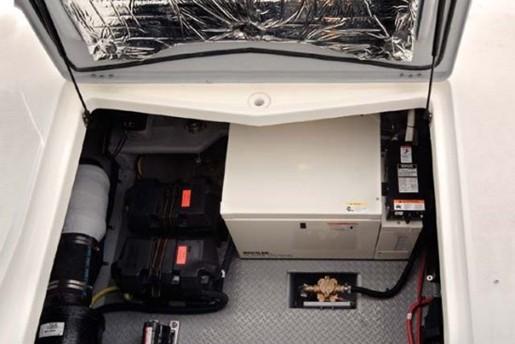 meridian yacht 341 motor