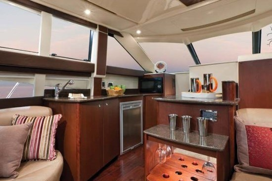 meridian yacht 341 kitchen