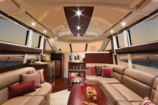 meridian yacht 341 seating cabin