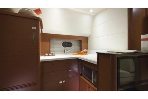 prestige yacht 390 s cupboards