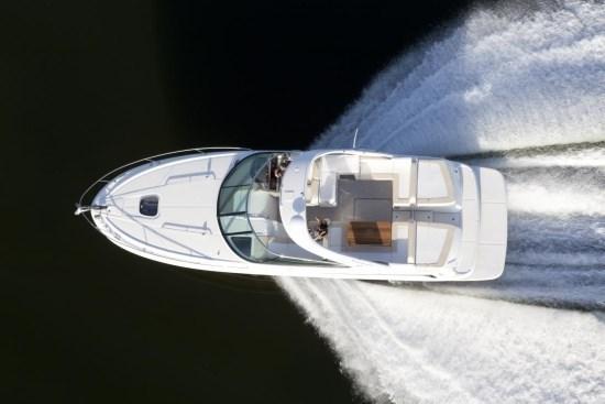 searay 370 venture running overhead