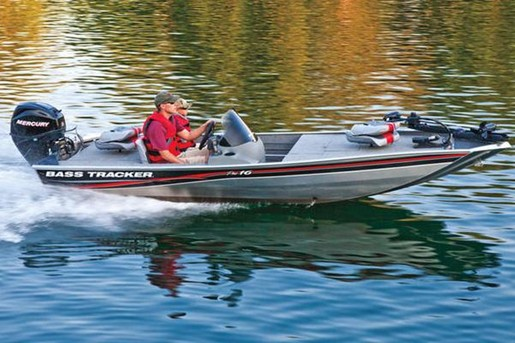 2010 tracker bass tracker pro 16 bass boat review for Bass tracker fishing boats