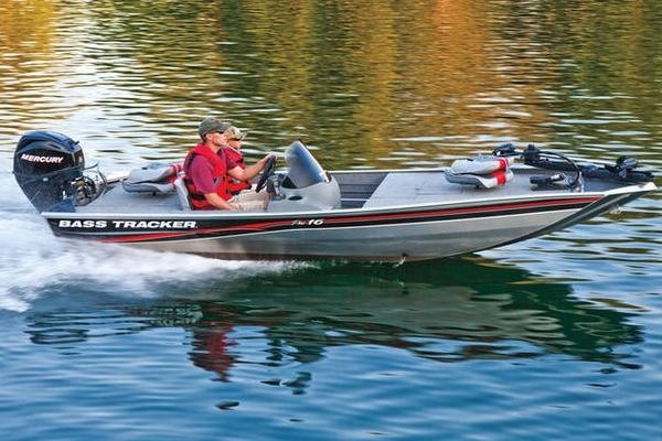 2010 Tracker Bass Tracker Pro 16 Bass Boat Review