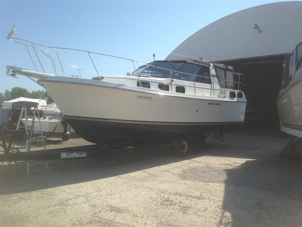 1986 Carver 280 Riviera Boat For Sale