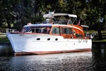 Chris-Craft Flybridge Motor Yacht 1953