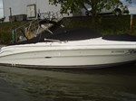Sea Ray bowrider 2004