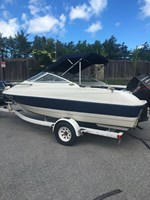1997 Bayliner 1702 Cubby