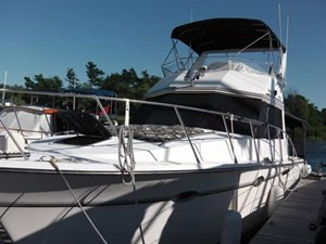 President Yachts 37 Sedan 1987