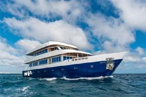 CUSTOM YACHT Motor Yacht Explorer 110 2016
