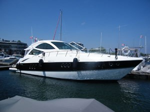 Cruisers Yachts 520 Sport Coupe 2010