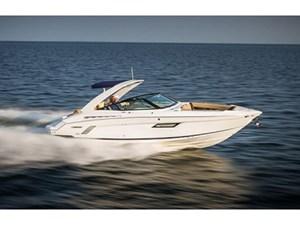 Cruisers Yachts 328 Bow Rider 2015