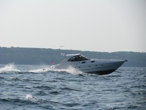 Cruisers Yachts 540EXP 2004