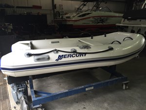 Mercury 310 Air Deck 2013