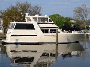 Viking Yachts 54 Sports Yacht 1993