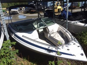 CROWNLINE 21 SS 2013