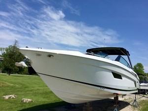 Cruisers Yachts 338 Bow Rider 2017