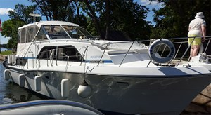 Chris-Craft 381 CATALINA 1989