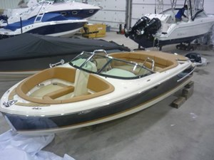 Chris-Craft CARINA 21 2017