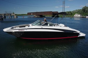 Regal 2220 Fasdeck 2011