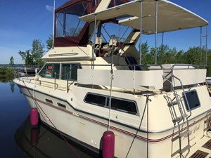 Sea Ray 355 Aft Cabin 1983