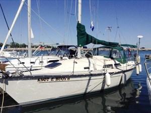 Mirage Yachts 33 Sloop 1982