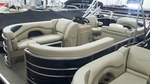 Sylvan 8520 Cruise 2017