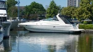 Cruisers Yachts 3870 Express MC 2000