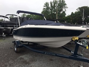 Four Winns H180 3.0L 135HP Trailer Bimini Top 2016