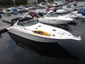 Sea Ray 450 Sundancer with Hydrualic Platform 1998