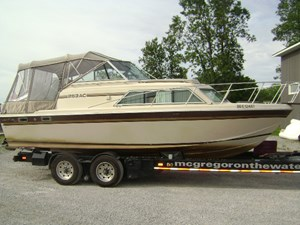 Chris-Craft 253AC 1984