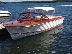 Lyman Boat Works 30 Daycruiser 1991