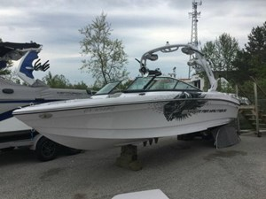 NAUTIQUE SUPER AIR 230 2011