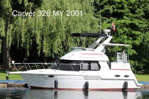 Carver 326 MY 2001