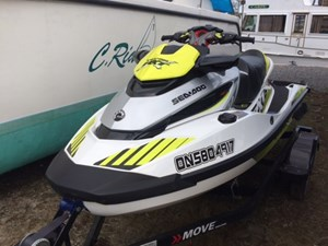 Sea-Doo RXT-X 300 White/Dayglow 2017