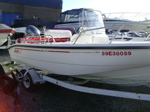 Boston Whaler Dauntless 160 2002