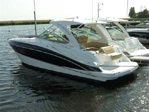Cruisers Yachts 380 Express 2013