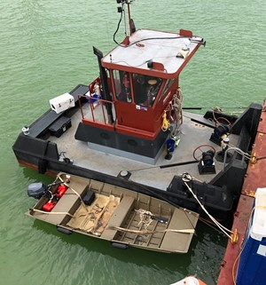 2004 25′ x 14′ x 4′ Truckable Tug For Charter Only