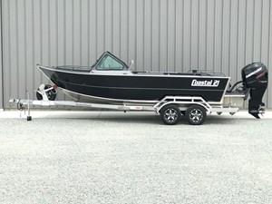 Rogue Boatworks Coastal 21 Outboard Model 2018