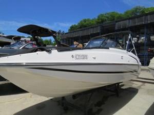 Bayliner 190 Deck Boat 2018