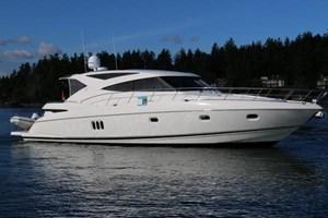 Riviera 5800 Sport Yacht 2012