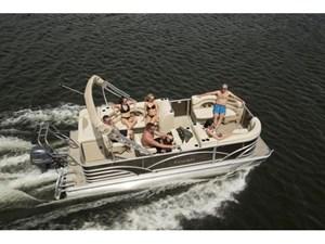 Sylvan 820 Cruise 2018
